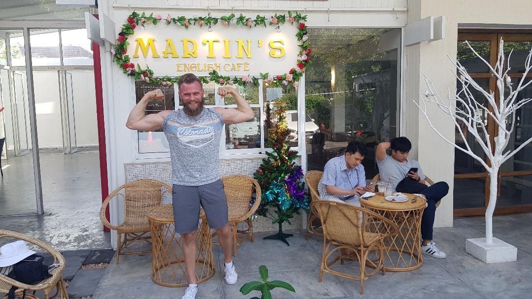 Steve Pilot in MARTINS cafe